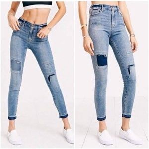 {BDG) UOF High-Rise Twig Ankle Patched Jeans